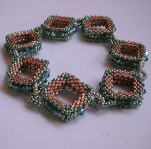 bead-stitching-shaped-peyote2